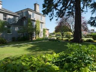 Garden of Westcott Boarding House for International Students