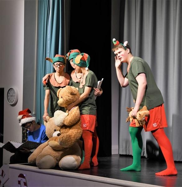 Christmas Drama Festival 33