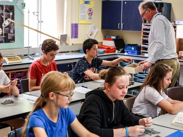 Summer school photos - physics lesson 4